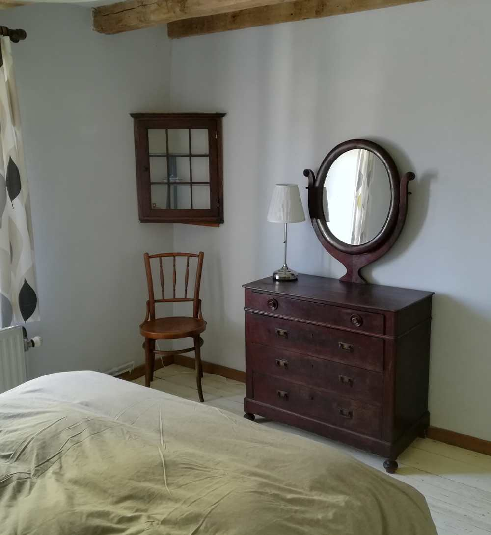 The home has five comfortable rooms equipped with modern bedding.
